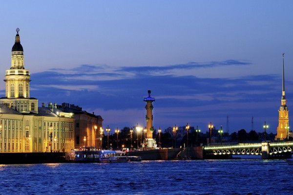 de Saint Petersbourg à Moscou Saint Petersbourg Russie 1sem aout 1659 départ paris