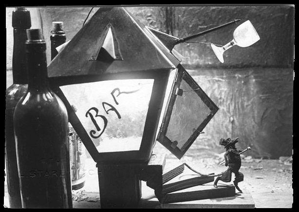 Ladislas Starewitch, La petite parade (1928). http://www.yekibud.es/2014/05/12/ladislas-starewitch-y-la-construccion-de-un-mundo/