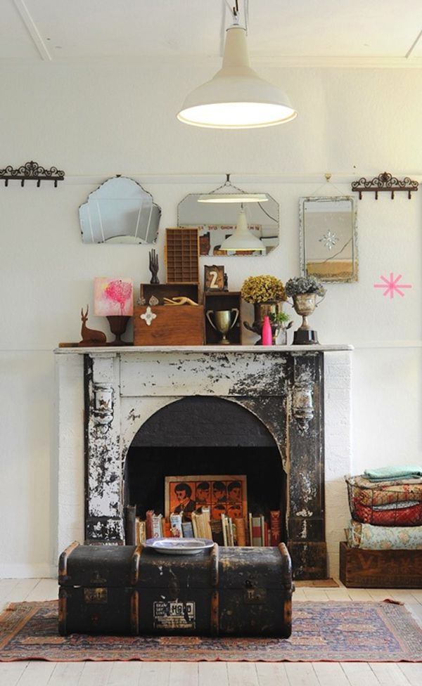 If Youve Never Seen A Fireplace Used As Book Repository Before This Is How You Do It Antiqued The Perfect Home Library Especially W