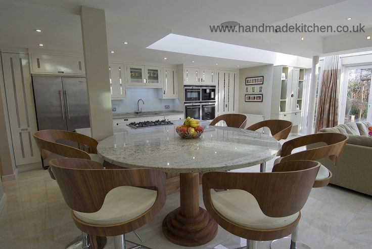 Bespoke kitchens | Affordable luxury | Handmade Kitchens | Handpainted Kitchens | Shaker style Kitchens | In-frame Style Kitchens