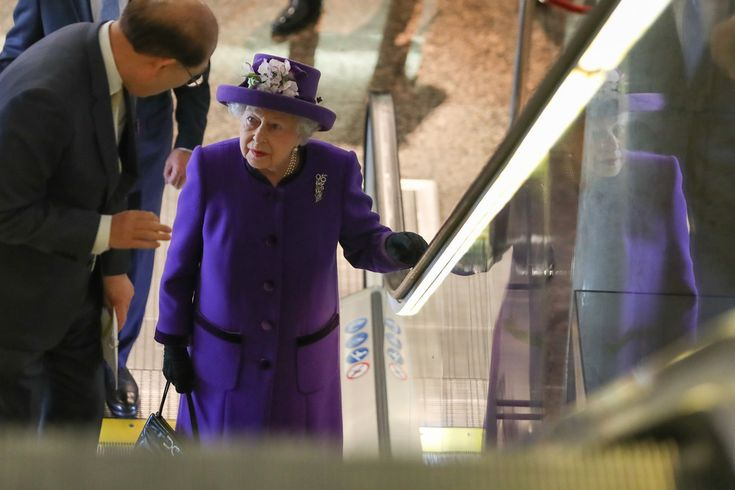 Queen Elizabeth II Photos Photos - Her Majesty The Queen Visits The International Maritime Organization - Zimbio