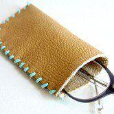 Como fazer um porta-óculos em couro