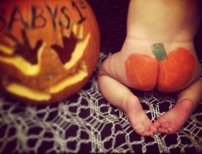Piece of Our World: October baby/toddler photo idea, pumpkin butt, fall picture, pumpkin picture, babys first