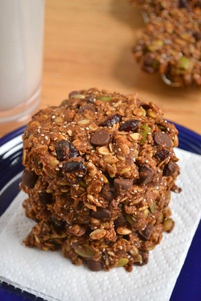 Cosmic Cookies- whole grain, vegan, nut-free: oats, spelt flour, sunflower seeds, pumpkin seeds, coconut, chia seeds, brown sugar, cinnamon, sea salt, chocolate chips, cranberries, blackstrap molasses, coconut oil, almond milk