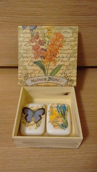 caixa decorada com sabonetes: