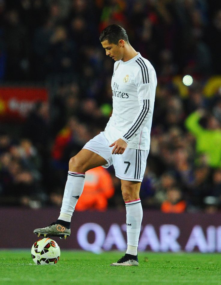 Cristiano Ronaldo of Real Madrid CF looks dejected during the La Liga match between FC Barcelona and Real Madrid CF at Camp Nou on March 22, 2015 in Barcelona, Catalonia.
