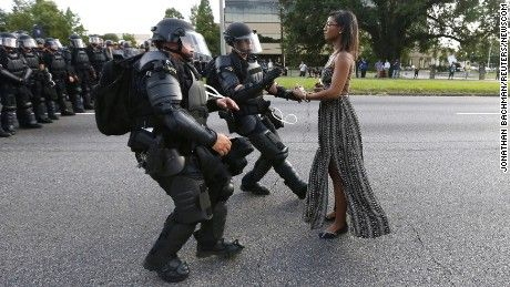 Is Baton Rouge protest photo really iconic?
