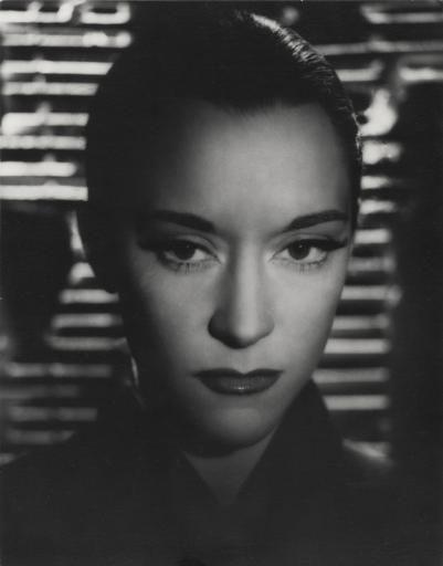 """Maria Casarès dans """"Orphée"""" de Jean Cocteau,Roger Corbeau,1949."""