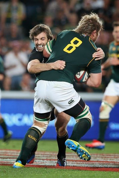 Duane Vermeulen stopped by Conrad Smith 4 October 2014