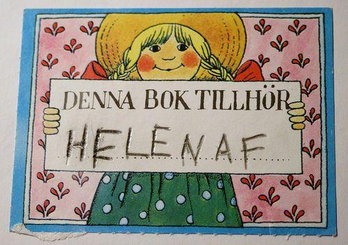 Barnens Bokklubbs eget exlibris, tecknat av Lena Andersson, dyker ofta upp i gamla barnböcker!
