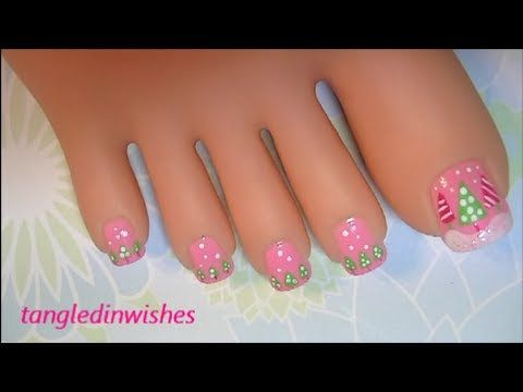 Christmas Toes:  Pink & Green Christmas Nail Art Design