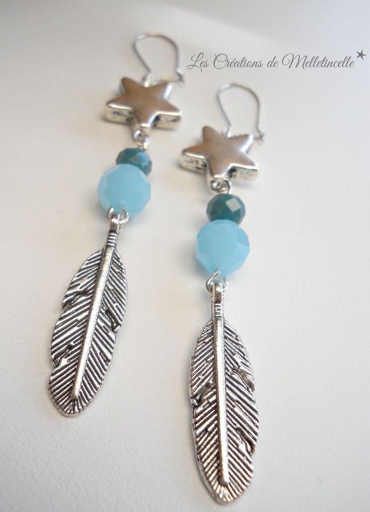 """Boucles d'oreille dormeuses argentées """" Feathers Stars """" breloques plumes en métal argenté, perles bleu pastel et bleu canard : Boucles d'oreille par les-creations-de-melletincelle"""