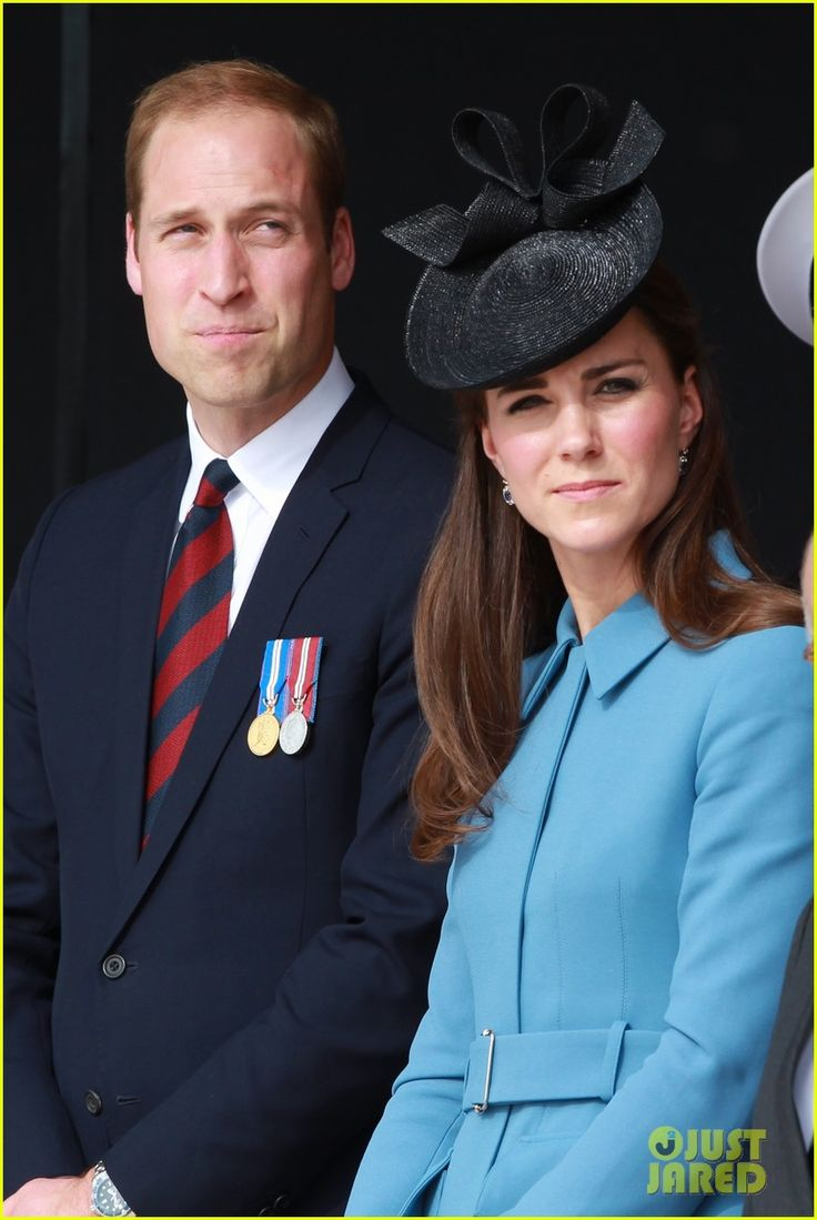 Kate Middleton & Prince William Pay Respects at D-Day 70th Anniversary | kate middleton prince william pay respects at d day 70th anniversary 07 - Photo: