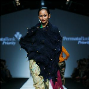 Model Bergoyang Oplosan di Akhir Show BIN House