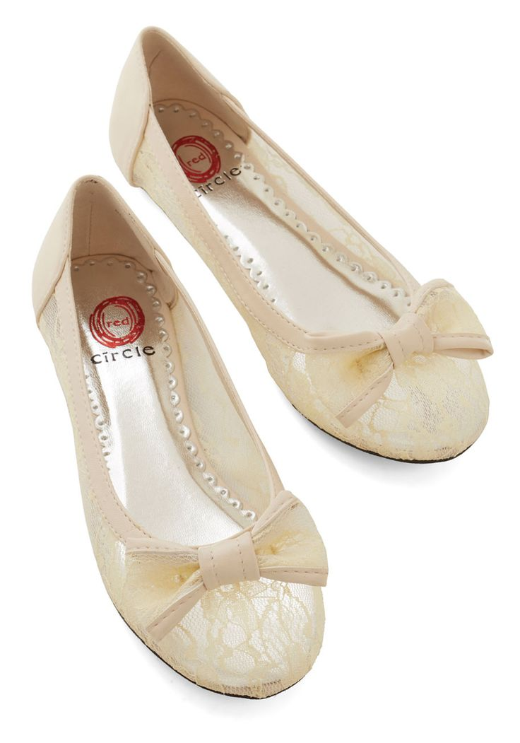 Sheer to Fall in Love Flat in Cream