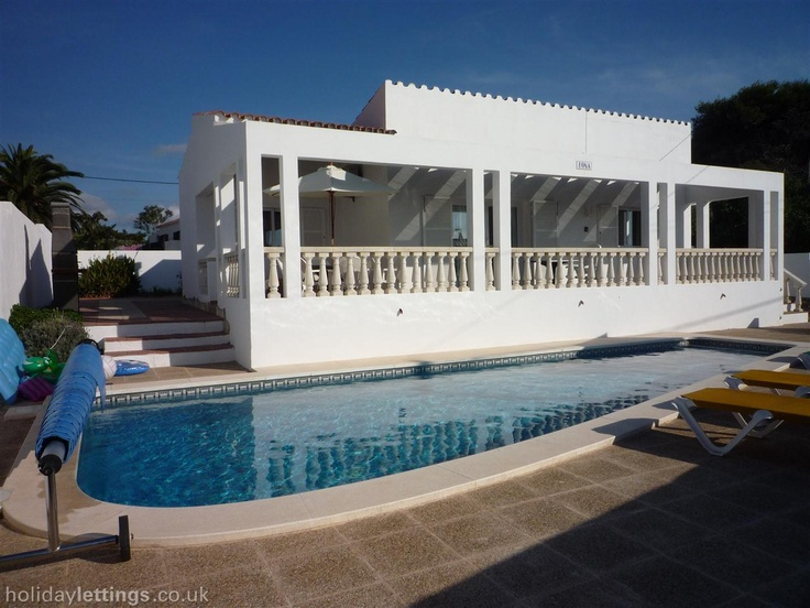 3 bedroom villa in CalaNPorter £695
