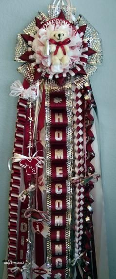 High School Homecoming Mum ~ A Texas Tradition! (the kids in CO have NO idea what a mum is or how big homecoming is in TX)