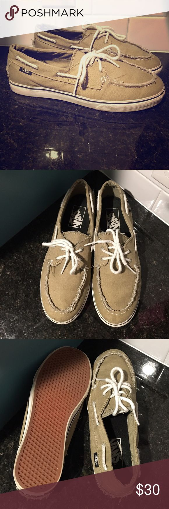 "Vans Deck ⛵️ Boat Shoe Vans boat shoe. Deck shoe. Men's size 5. Women's size 6.5 but fit larger. 10"" sole. Only worn a few times but too narrow for me (I think they would comfortably fit a women's size 7 but please double check van sizing chart). Tongue says TB4R. Tan beige sperry dock. Unisex. Zapato del barco. Distressed. I wear a 7.5wide and they fit but are too narrow. THE TAG SAYS 6.5 W. Vans Shoes Flats & Loafers"