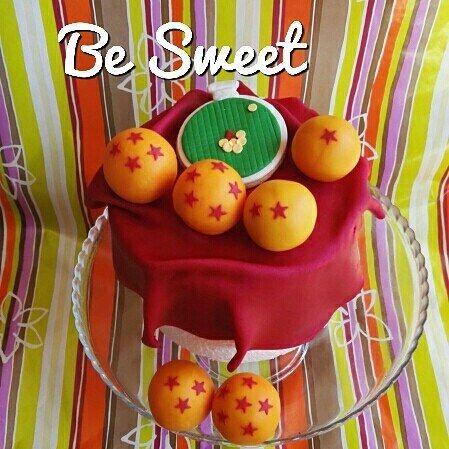 Tarta para un fan de bola de dragón!  #cake #cakedecorating #sugarpaste #fondant #dragonball #boladedragon #dragonballz #dragonballgt #goku #radar