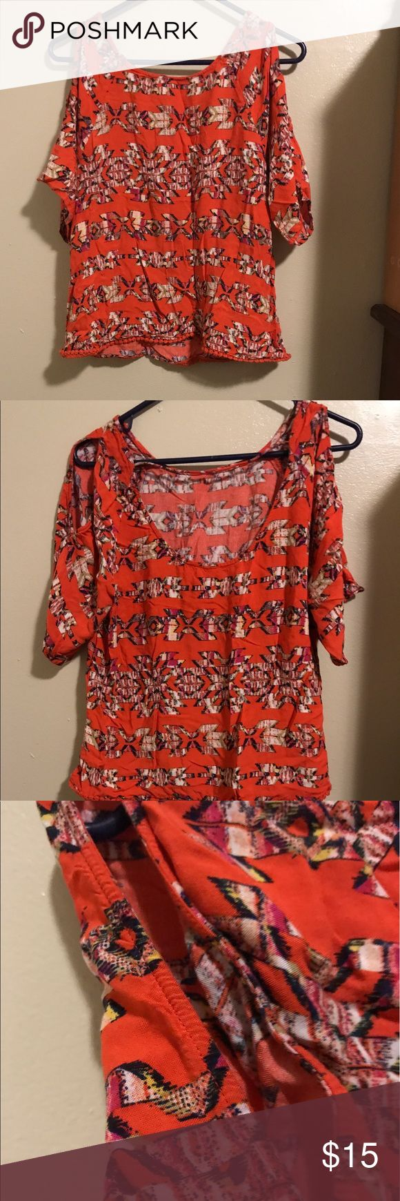 Red Camel Coral Shirt w/ cutout sleeves Size Small. No tears, rips, or stains. Only worn a few times. Red Camel Tops Blouses