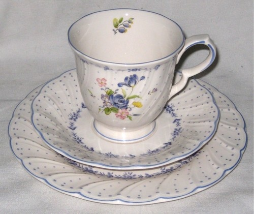 Vtg Nikko Tableware Peony Japan Floral Tea Cup Saucer & 29 best MY NIKKO CHINA/MIKASA GLASSES images on Pinterest   Mikasa ...