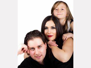 Family Photoshoot Hair, Makeup & Styling: Mariya Rai Photography: Ussama Rai