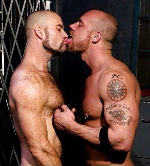 hot kissing of teats