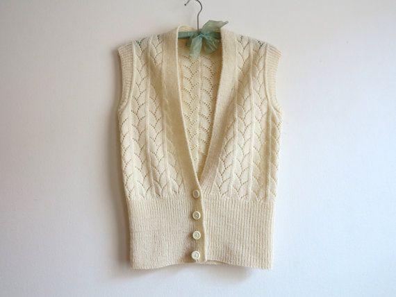 VintageOff White Knitted Weste romantische Weste ärmellose Jacke Extra kleine Größe Messungen (Verlegung flach): Büste (Grube-Grube): 15/ 38cm