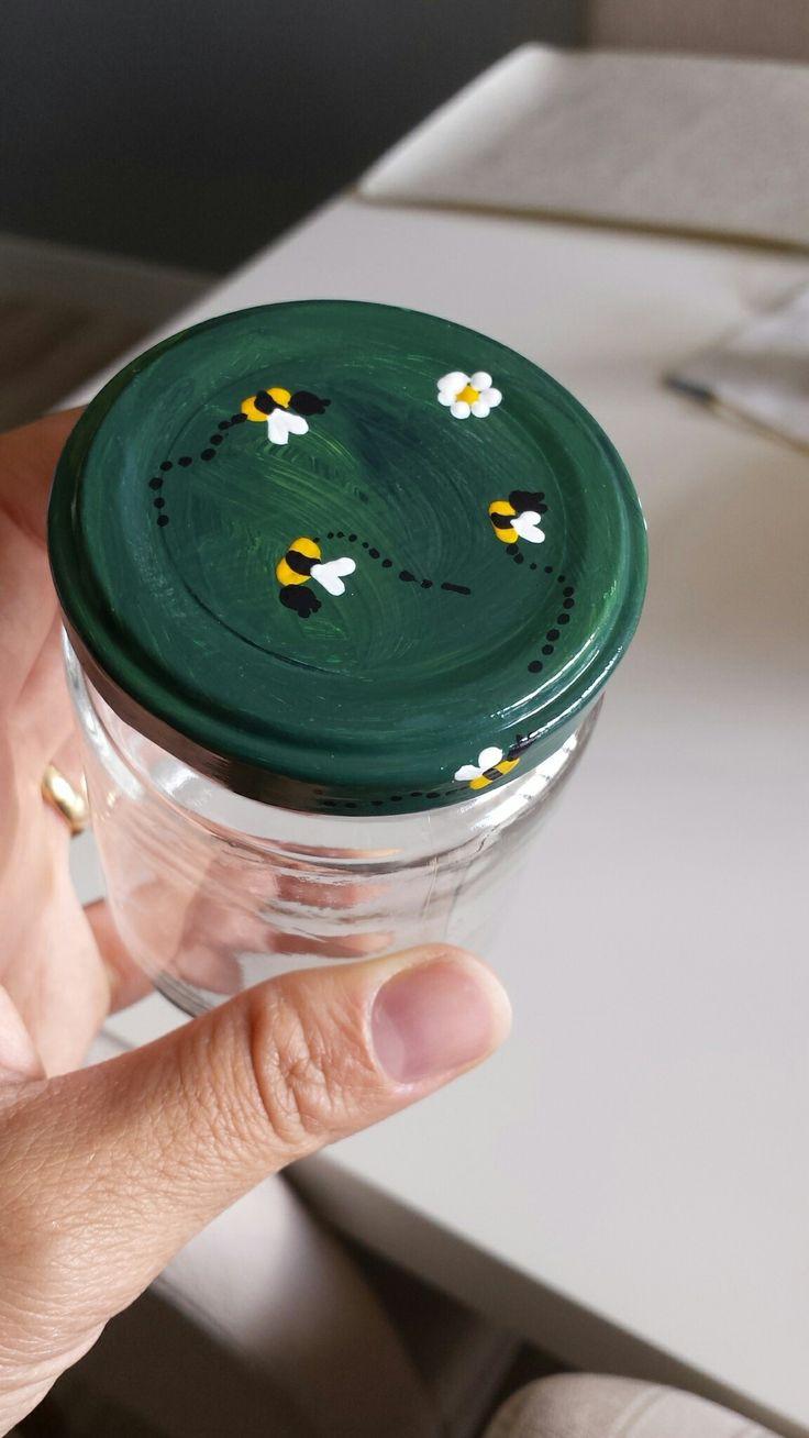 Abelhinhas no pote de vidro  Pintura em tampa Buzz #DIY