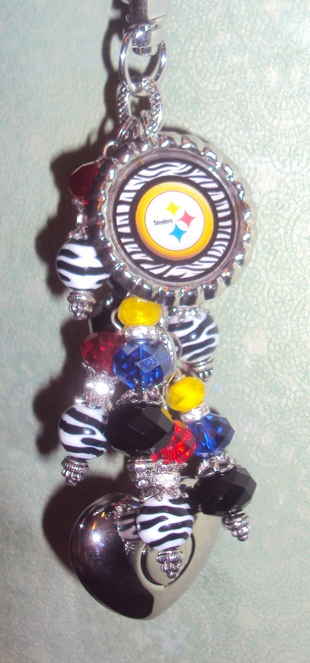 For all you Steelers fans!! Steelers themed purse light by Diva Dangles at www.divadangles.com