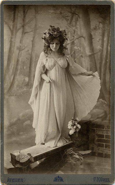 old postcard ~ Qugoria ~