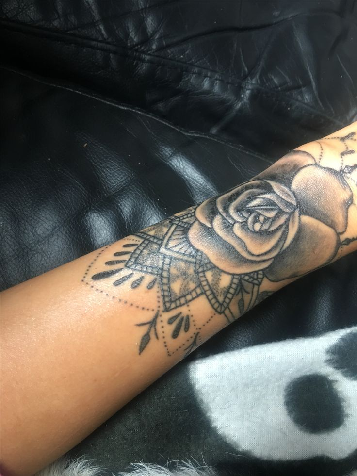 Pin by Tikaya on My Tattoos | Flower wrist tattoos, Arm ...