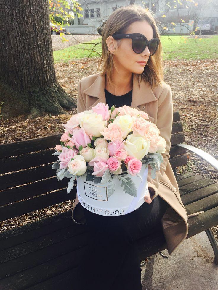 COCO des FLEURS  #boxedroses #beautifulroses #luxuryboxedroses #cocodesfleurs #cocoluxur #deeppink #hotpink #redroses #blushroses #hightea #bridalgifts #bridesmaids www.cocoluxur.com.au