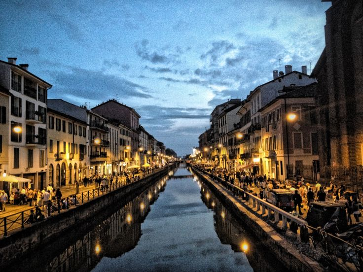 Navigli Milano by night