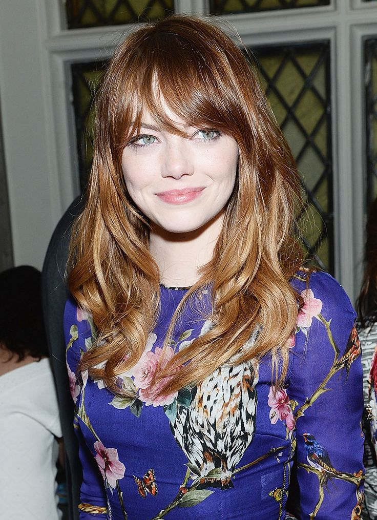 Emma Stone red-blonde amazingness with bangs and that fucking dress colour OH MY!