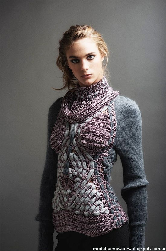 No patterns ( and unfortunately lots of advertisements linked to site) but beautiful crochet and knit wear fashions