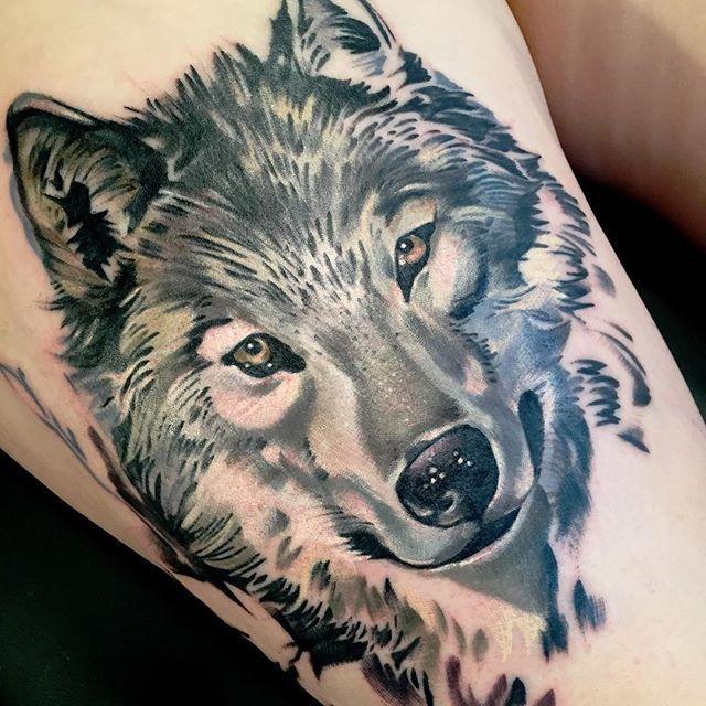 """Tatuagem feita por <a href=""""http://instagram.com/giarose"""">@giarose</a>❤️"""