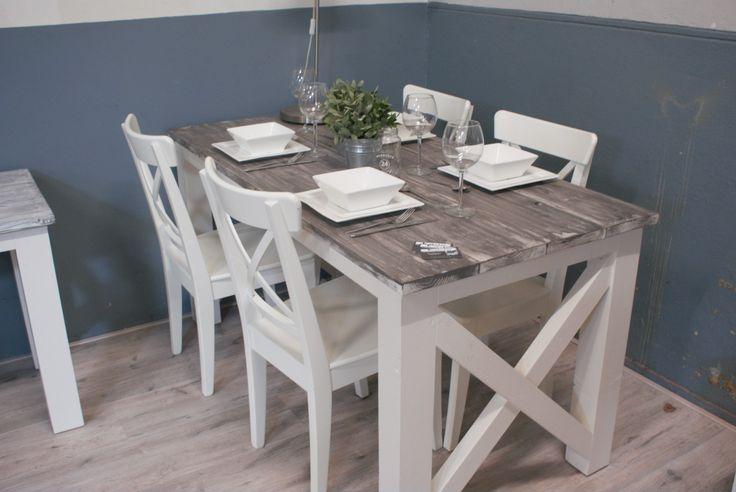 Eettafel cross op maat gemaakt en een mooie schildertechniek toegepast. Een prachtig meubel in uw interieur.