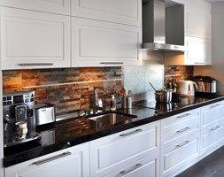 Średnia kuchnia, styl rustykalny - zdjęcie od Inspired Living Home