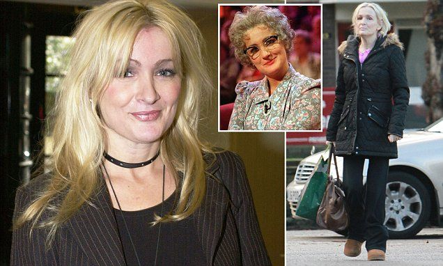 Reclusive Caroline Aherne died alone at home