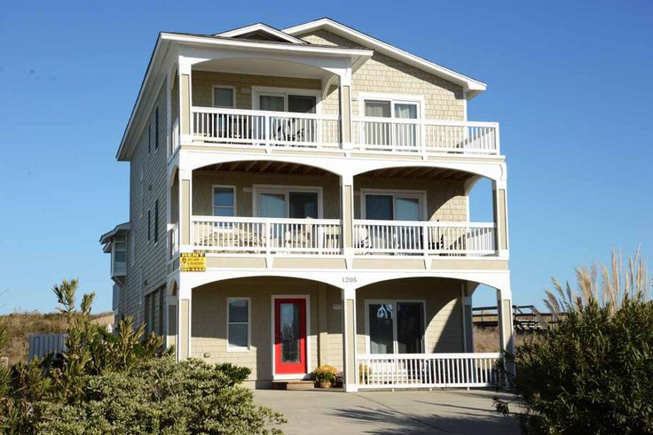 A perfect Outer Banks, NC 8-bedroom House rental in Kill Devil Hills located Oceanfront.