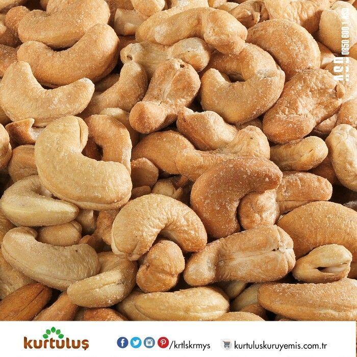Muhteşem #kaju fıstığı için şubelerimize gelebilir veya www.kurtuluskuruyemis.com.tr adresini ziyaret ederek #online #sipariş verebilirsiniz.   #cashew #kuruyemiş #onlinekuruyemiş
