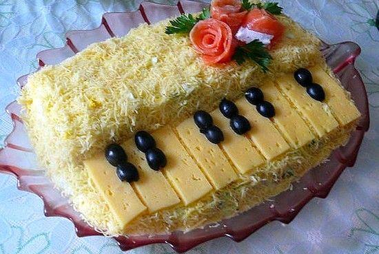 Праздничный салат Белый рояль