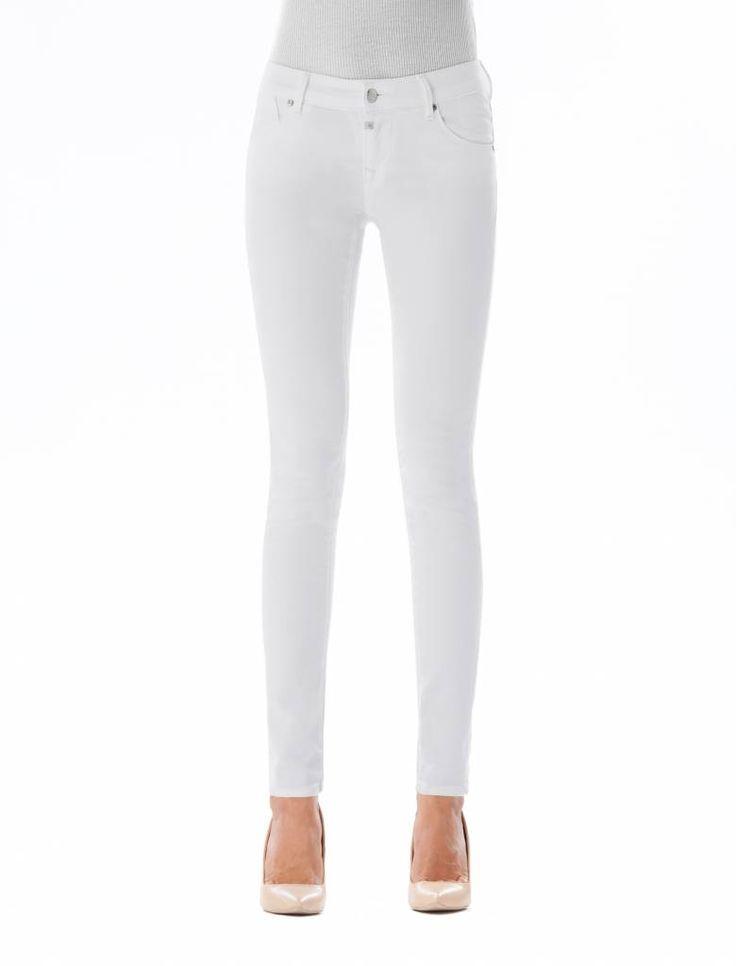 Gina White Butt Lift Jeans  Description: Cup Of Joe is een denimlabel dat al dertig jaar te boek staat als een betaalbaar brand. COJ haalt zijn inspiratie uit de fijne vaak kleine dingen des levens. Daar jeans deel uitmaakt van ons dagelijks bestaan moeten we er net zo van genieten als bijvoorbeeld ons gebruikelijke kopje koffie. Dat is het motto.Of je nu een vintage een versleten indigo of zwarte strakke jeans wilt - bij voorkeur een exemplaar dat je dag en nacht kunt dragen - er is altijd…