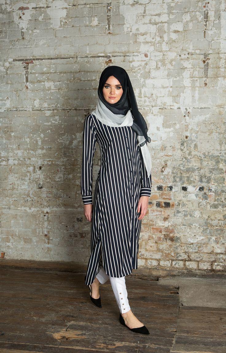 Navy & White Chiffon Silk Hijab | Aab