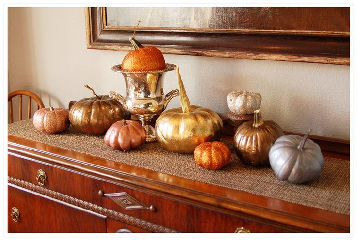 Pumpkin glamSprays Painting, Painting Pumpkin, Decor Ideas, Fall Decor, Glam Pumpkin, Metals Pumpkin, Glitter Pumpkin, Pumpkin Decor, Fall Wedding