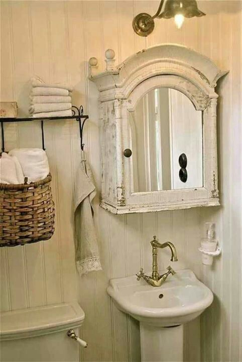 bathroom caninet shabby chic pinterest g ste wc gast und badezimmer. Black Bedroom Furniture Sets. Home Design Ideas
