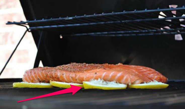 We love the taste of grilled fish, but sometimes, it can be a pain to actually grill it since it so easily can stick to the grates, creating a fishy mess. But this brilliant trick not only solves the sticking problem; it also helps to infuse the fish with...