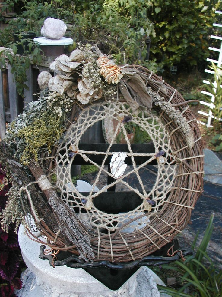 "This wreath is very cool and possibly for the entire year (change the items).  No directions on the site, but lots of information about items and associations.  I'd use green  ""rope"" or natural twine instead of the ecru, tho."