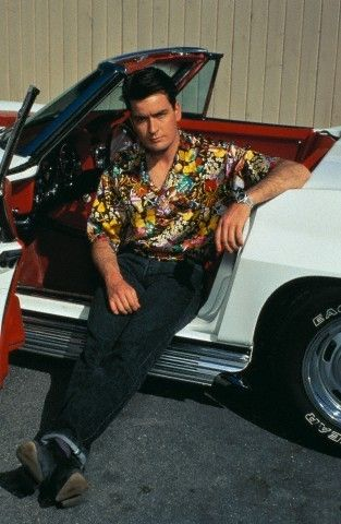 Charlie Sheen - charlie-sheen Photo